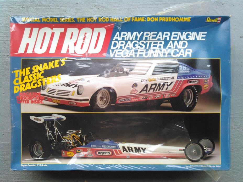 REVELL #7464 HOT ROD ARMY REAR ENGINE DRAGSTER & VEGA FUNNY CAR