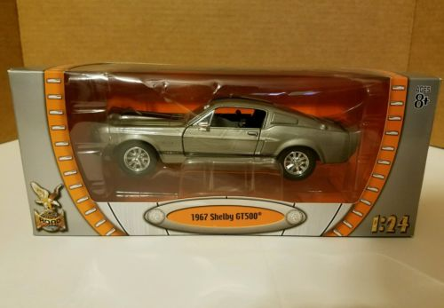 Yat Ming 1967 Ford Mustang Shelby GT500 Eleanor 1/24
