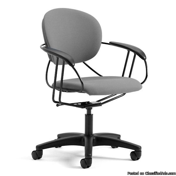 Steelcase Uno Task Rolling Chairs