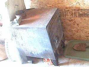big wood stove good condition (pendleton)
