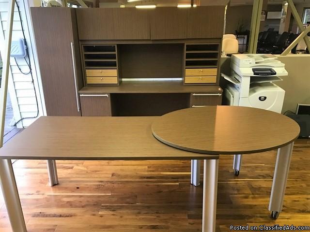 Showroom Sample Cherryman Verde Laminate Table Desk and Credenza Hutch Combo