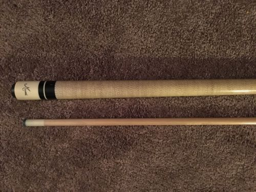 Used Meucci Pool Cue W/ Black Dot Shaft
