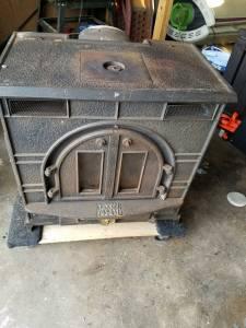 Coal or wood stove