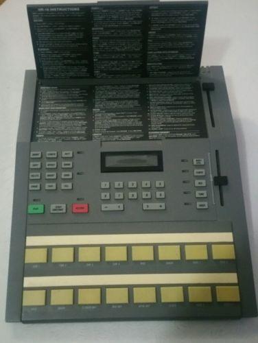 Alesis HR-16 Vintage Drum Machine