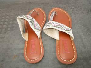 Sandals Size 6 (Babylon)