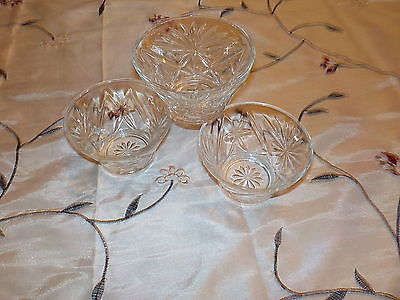 4 Early American Prescut Glass Anchor Hocking DESSERT or RELISH BOWLS