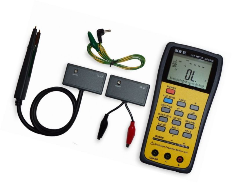 DE-5000 Handheld LCR Meter with accessories