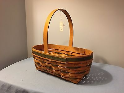 Longaberger medium Award basket