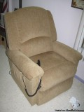 lazy boy lift chair - Price: .