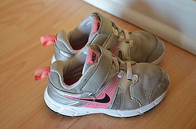 Nike Girls baby toddler shoes athletic size 9C