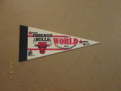 NBA Chicago Bulls 1991 World Champions Mini Pennant