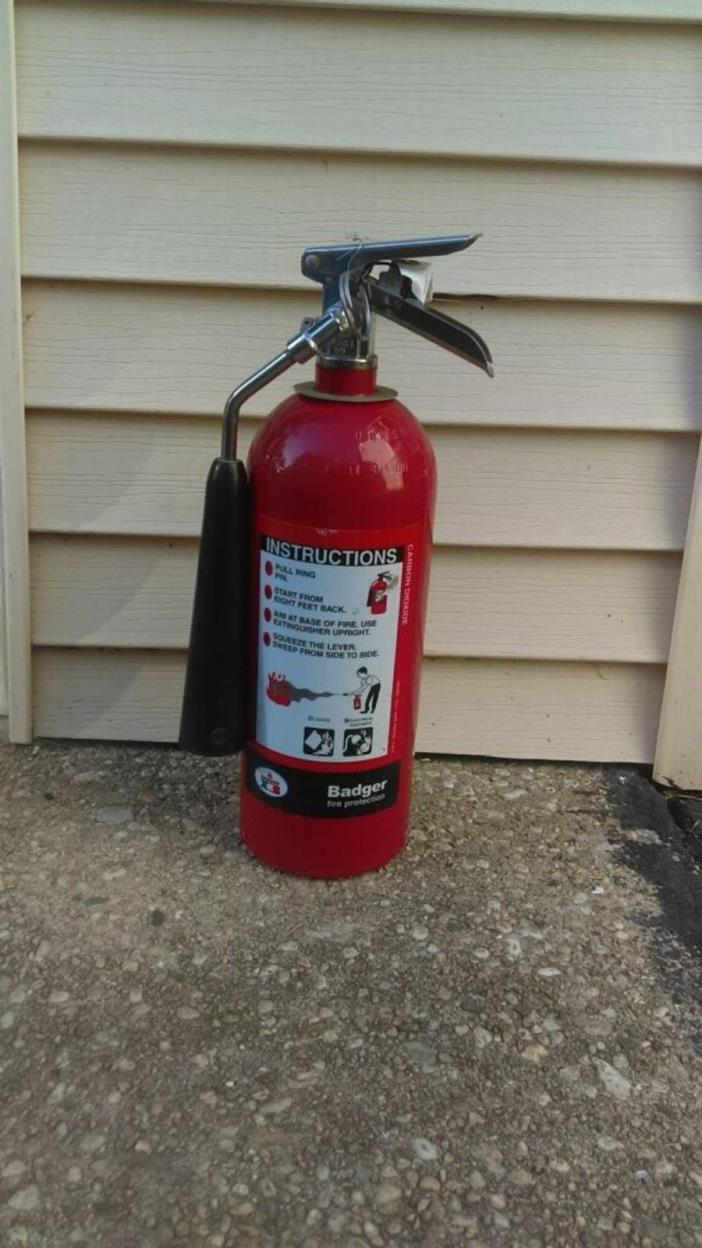 sales and carbon dioxide Hallmann sales offers larsen's carbon dioxide fire extinguishers at low prices.