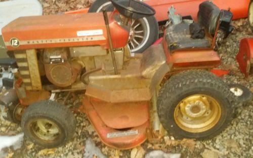 Massey-Ferguson MF- 12  Garden lawn  Tractor runs