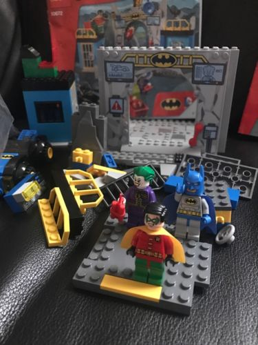 Lego Juniors 10672 Batman Defend the Batcave & 10665 Spider-Man