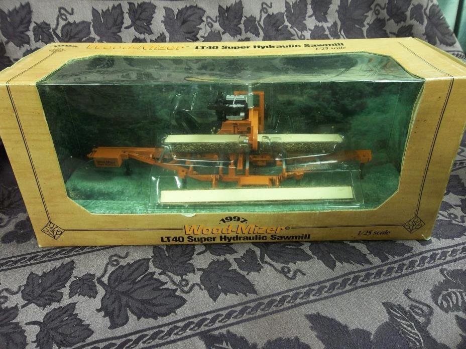 Wood-Mizer LT40 Super Hydraulic Sawmill  1/25th Scale   New In Box Toy