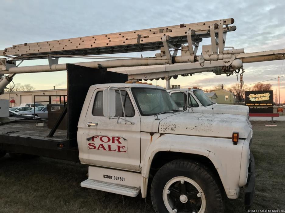 64' Crane Truck