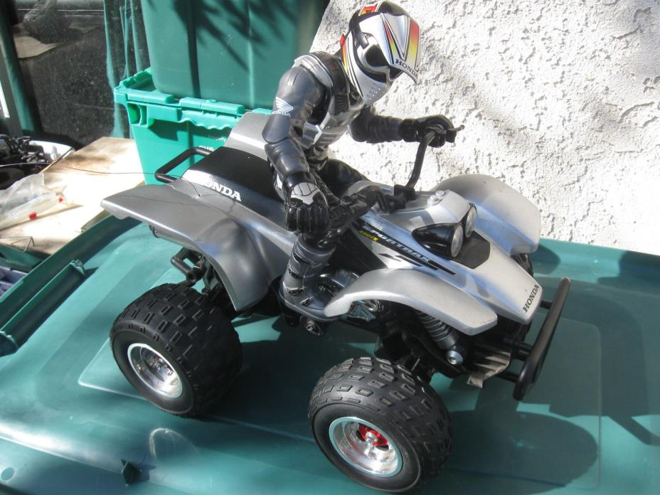 RC Eztec ATV Rare Honda 400EX Sportrax RC 1/6  Channel 27.145 MHz