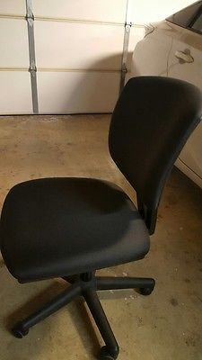 Office Chair Rolling- Black