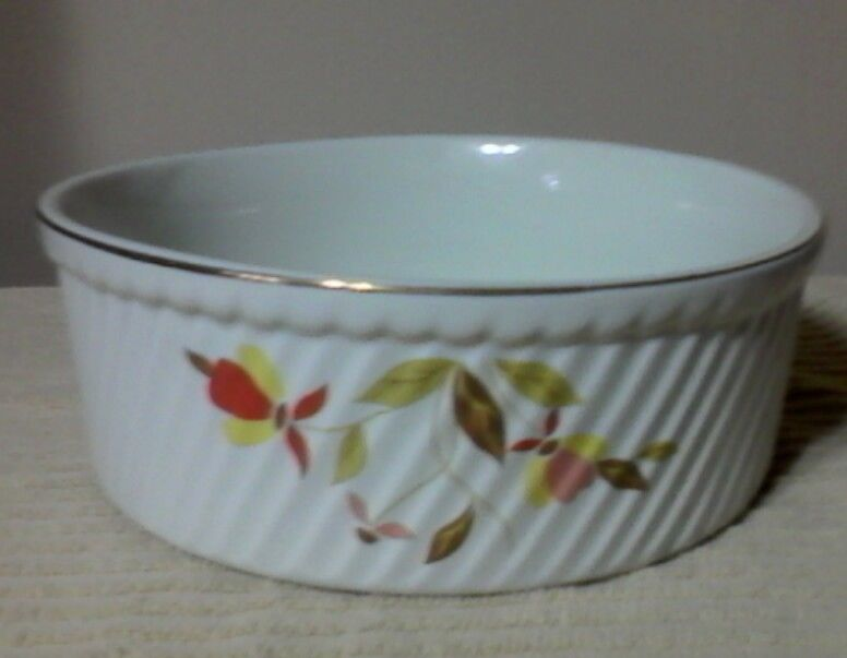 Halls Jewel Tea Autumn Leaf Souffle Dish