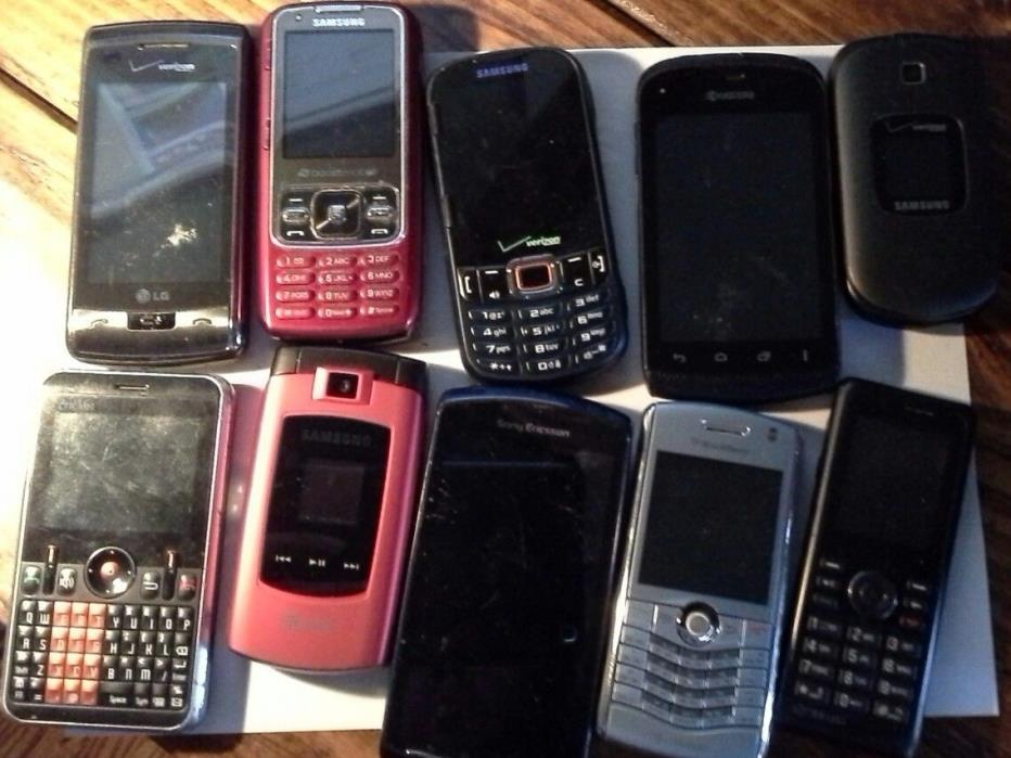 Lot of cell phones as is for parts AND WORKING SAMSUNG KYOCERA SONY LG