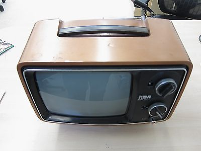 1975 Television Set RCA Solid State TV Retro Electronics Works