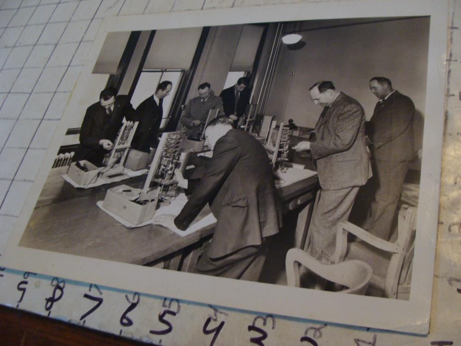 vintage Telephone Topics photo: 1945 PBX cable testing --Massachusetts