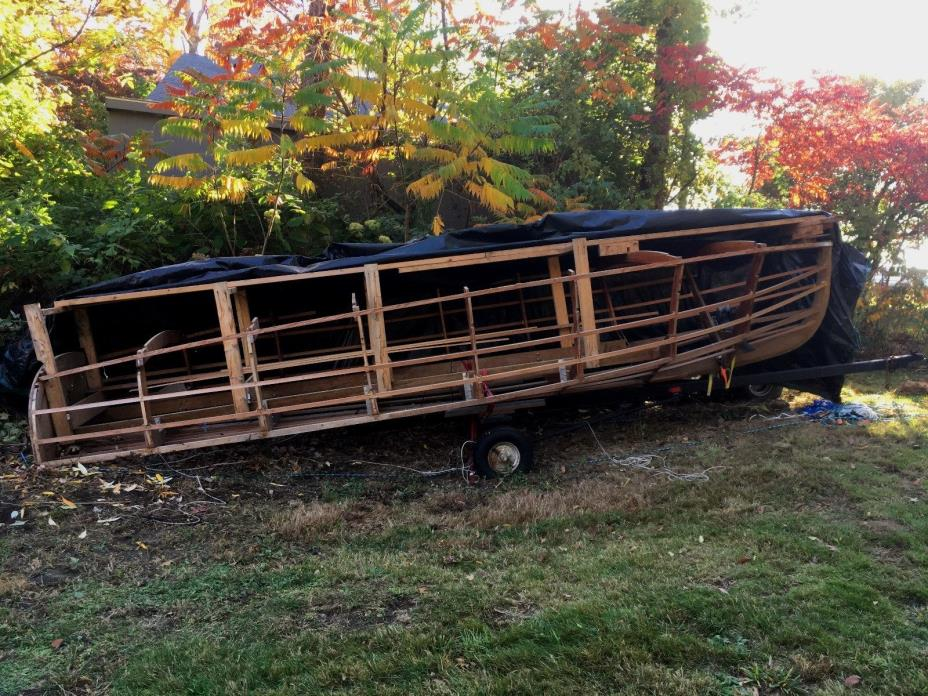 Chris Craft 19ft. Barrelback frame with books and plans
