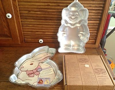 LOT 3 VTG. CAKE PANS, WILTON COTTONTAIL BUNNY, WILTON  CLOWN, CHECKERBOARD CAKE