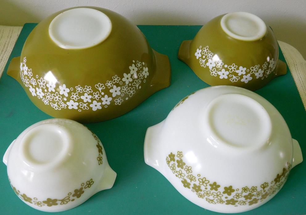 Vintage Pyrex Green Crazy Daisy Nesting Cinderella Bowls Spring Blossom set of 4