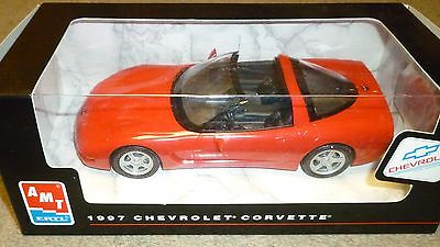 AMT ERTL 1997 Corvette Coupe Red Promotional 1/25 Scale W/ Box