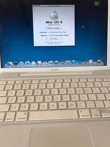Apple Laptop - A1181