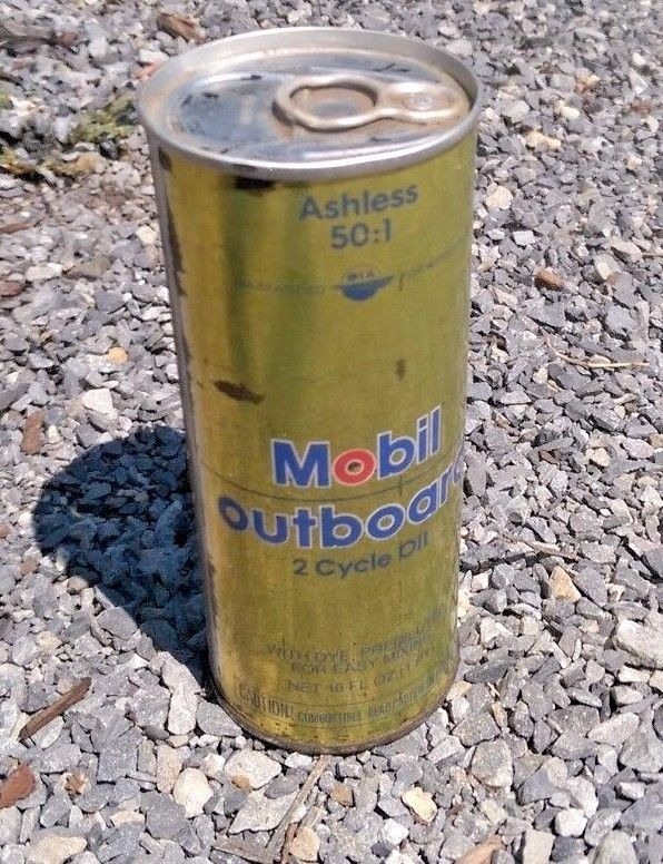 Vintage Mobil Oil outboard super 2 cycle Motor oil tin can 1 pint New Old Stock