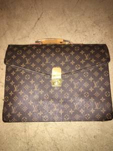 Louis Vuitton Briefcase (Summerlin)