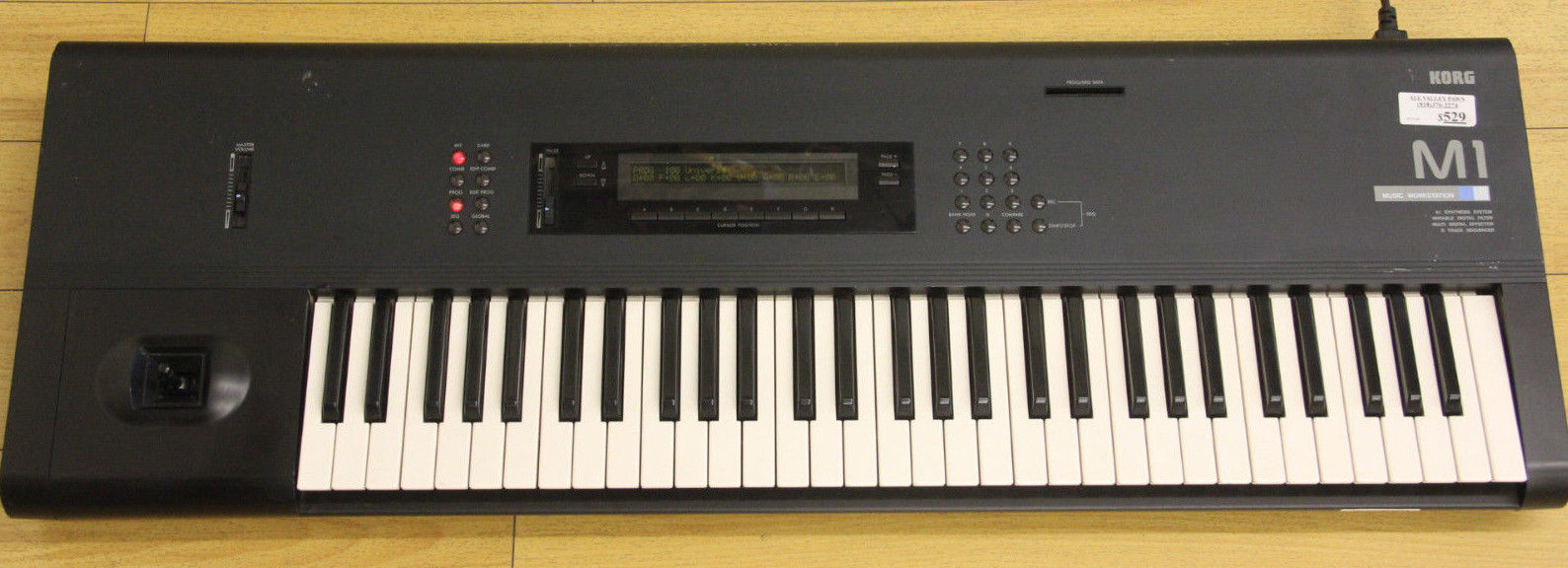 KORG M1 MUSIC WORKSTATION SYNTHESIZER KEYBOARD