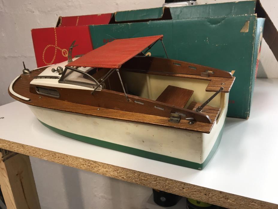 Vintage Fleet Line Marlin toy boat for outboard