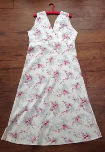 1950s Feedsack Dress Beautiful Cotton Linen Floral