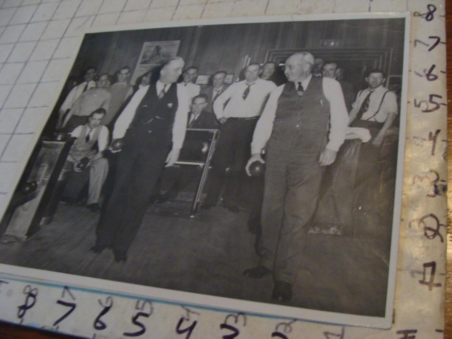 vintage Telephone Topics Photo: 1945 mens Bowling team #2