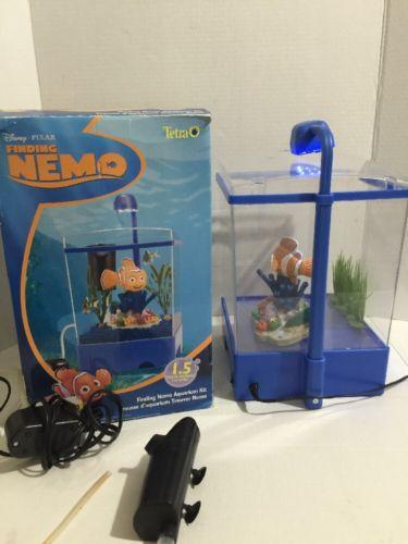 Disney Finding Nemo Dory Fish Tank Tetra Aquarium RARE HTF
