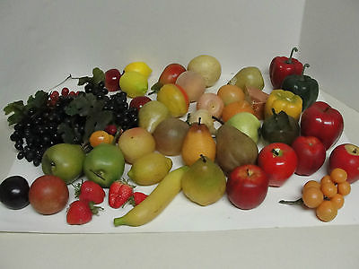 VINTAGE LOT OF PLASTIC FRUIT