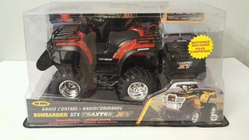 Toy Radio Controlled ATV Four Wheeler New Bright Bombardier 49 mhz Traxter Kids