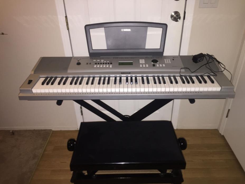 Yamaha dgx for sale classifieds for Yamaha portable grand dgx 220 electronic keyboard