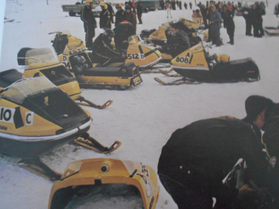 1970 Vintage SNOWMOBILE BOOK Ski-Doo Blizzard Polaris TX Starfire Arctic Cat EXT