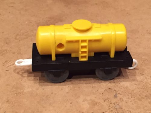 Yellow Fuel Tanker Thomas Tomy Plastic Train
