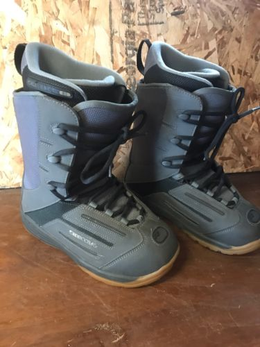 Used Men's Ride Snowboard Boots Size 7