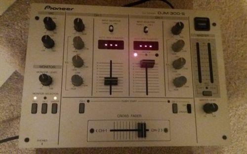 Pioneer DJM-300-S BMP Professional 2 Channel DJ Mixer - Silver