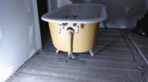 Claw foot tub (Berlin)