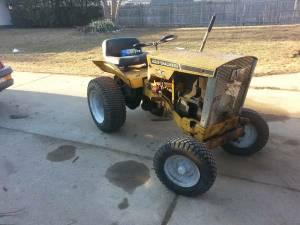 WANTED: Allis Chalmers/Simplicity/Vintage Garden Tractors (Memphis)