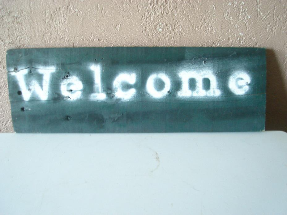 Reclaimed Wood Welcome Wall Hanging Decor Plaque