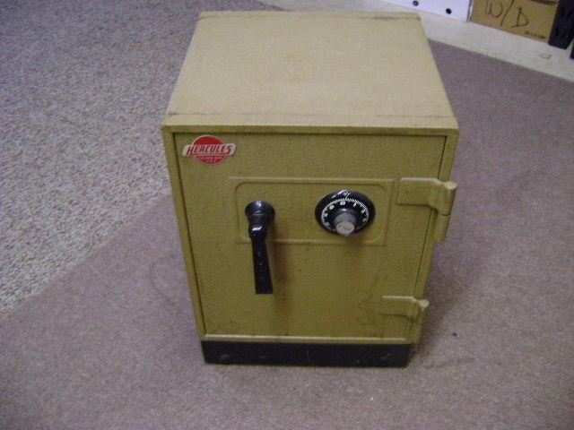 Vintage Hercules Melink Floor Safe
