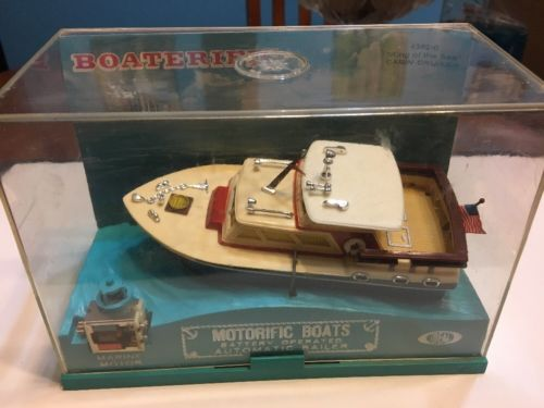 Vintage Ideal's Motorific Boats Cabin Cruiser King Of The Sea